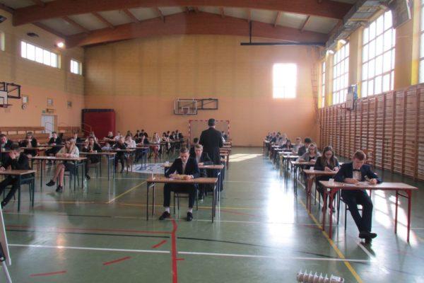 Egzaminy gimnazjalne rozpoczęte